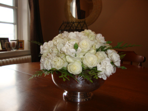 DIY All-White Floral Centrepiece