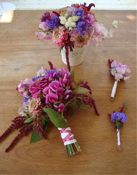 DIY wedding bouquet, boutonniere, corsage, and centrepiece