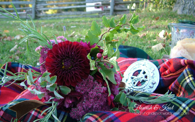 "An ""Outlander""-inspired Scottish wedding shoot 