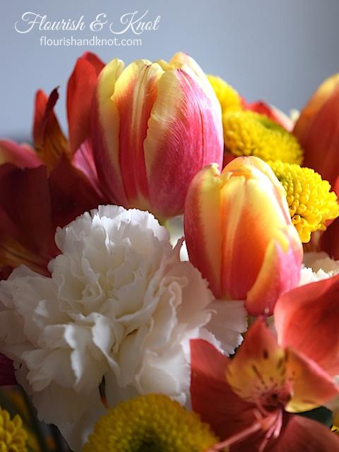 DIY Spring Flowers | Arrange a DIY Centrepiece