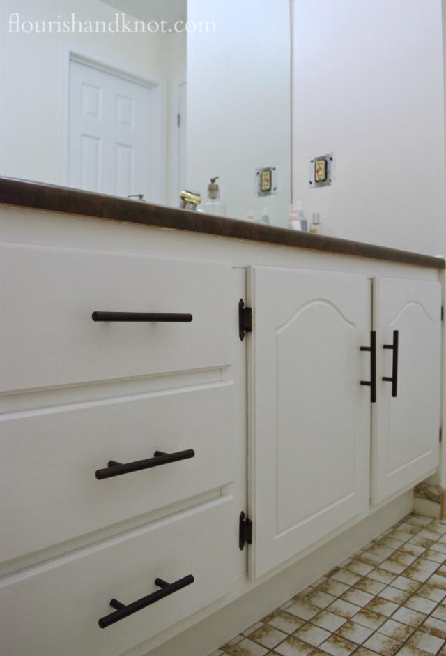 Trouble in DIY paradise! My One Room Challenge bathroom hits a snag in week 4!