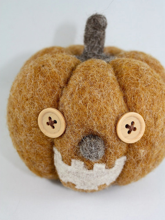 Needle felted pumpkin from Honey Canada (Etsy)