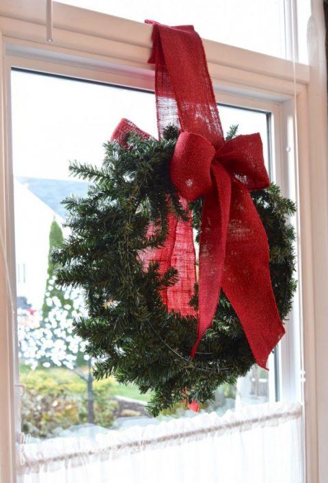 Double-sided wreath in window | 7 (Unbelievably) Simple Holiday Decor Ideas | Easy Christmas Decor | Vankleek Hill Christmas Home Tour | flourishandknot.com