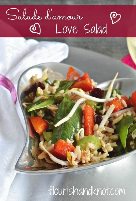 Salade d'amour (love salad) | salad recipe with rice, baby spinach, red peppers, sesame vinaigrette