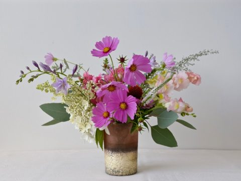 Garden-Style Cocktail Table Arrangement | Cosmos and Snapdragons | Flourish & Knot