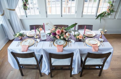 Fall wedding tablescape in plum, coral, peach, apricot, and pink | dahlia centrepiece | purple table runner | Auberge Willow Inn | Flourish & Knot | Top 5 wedding floral pieces
