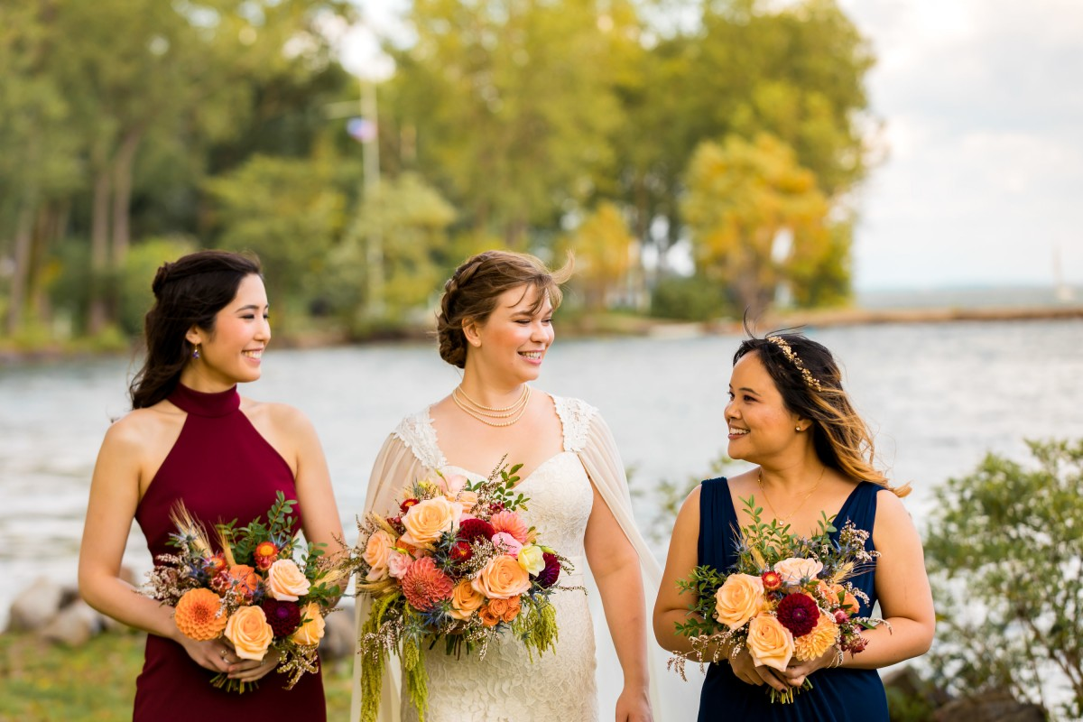 Rich, colourful fall wedding with dahlias, roses, wheat, and thistles | https://www.danylobobyk.com/