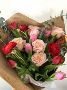 Large Valentine's Day Bouquet delivery Montreal | Fleurs de Saint Valentin Montreal
