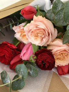 Montreal flower delivery | Valentine's Day Flowers Montreal