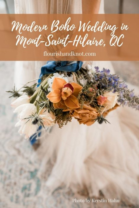 Modern boho wedding | Terracotta and blue wedding palette | Mont-Saint-Hilaire Wedding | Mariage au rive-sud de Montreal | Flourish & Knot | Terracotta and blue wedding flowers